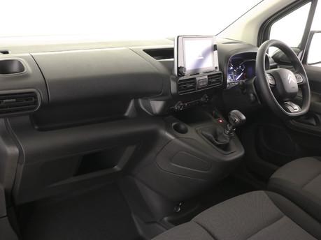 Citroen Berlingo XL 1.5 BlueHDi 950Kg Driver 100ps 5