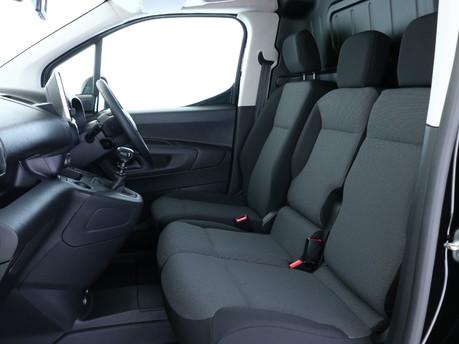 Citroen Berlingo XL 1.5 BlueHDi 950Kg Driver 100ps 6