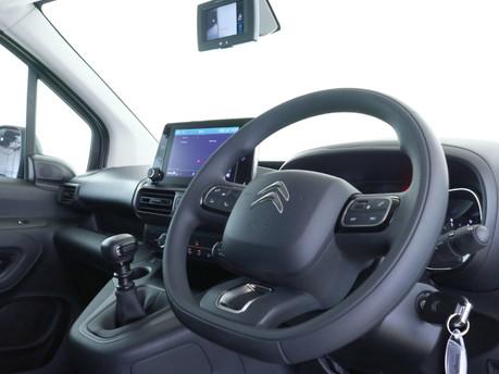 Citroen Berlingo XL 1.5 BlueHDi 950Kg Driver 100ps 10