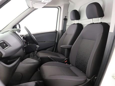 Fiat Doblo L1 1.6 Multijet 16V 90 Van Start Stop 6