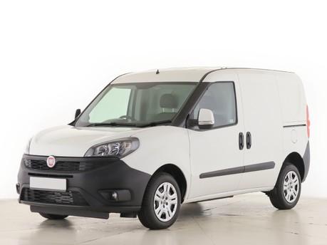Fiat Doblo L1 1.6 Multijet 16V 90 Van Start Stop 11