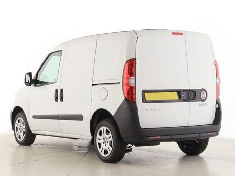 Fiat Doblo L1 1.6 Multijet 16V 90 Van Start Stop 13