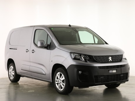 Peugeot Partner Long 950 1.5 BlueHDi 130 Asphalt Van EAT8