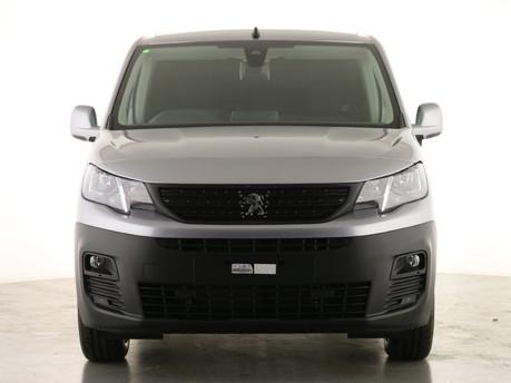 Peugeot Partner Long 950 1.5 BlueHDi 130 Asphalt Van EAT8 2