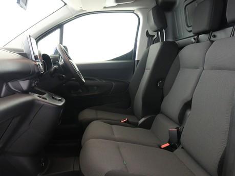 Peugeot Partner Long 950 1.5 BlueHDi 130 Asphalt Van EAT8 8