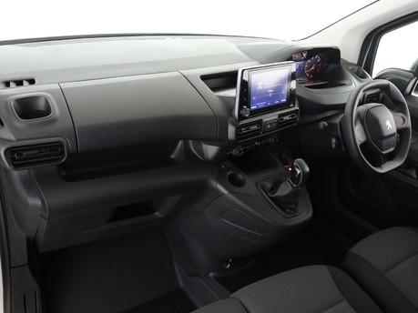 Peugeot Partner Long 950 1.5 BlueHDi 100 Professional Van 6