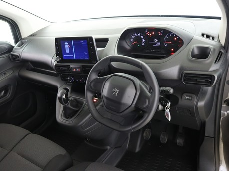 Peugeot Partner Long 950 1.5 BlueHDi 100 Professional Van 7