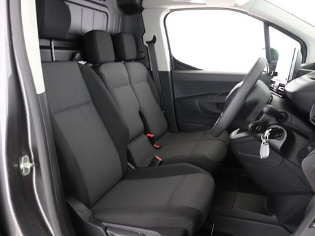 Peugeot Partner Long 950 1.5 BlueHDi 100 Professional Van 8