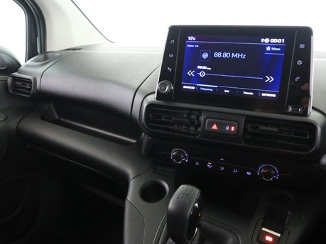 Peugeot Partner Long 950 1.5 BlueHDi 100 Professional Van 9