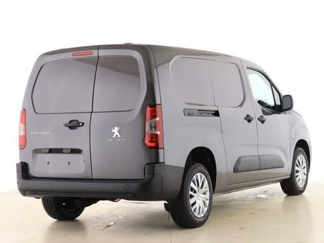 Peugeot Partner Long 950 1.5 BlueHDi 100 Professional Van 13