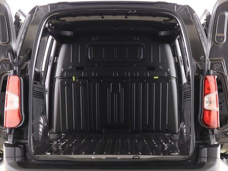 Peugeot Partner Long 950 1.5 BlueHDi 100 Professional Van 14