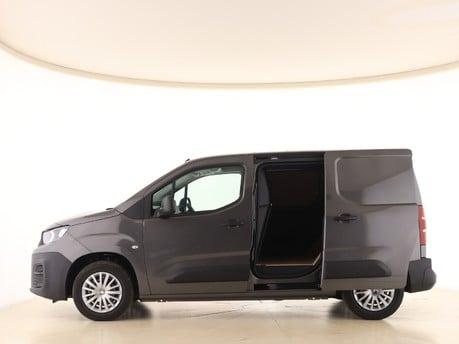 Peugeot Partner Standard 650 1.5 BlueHDi 75 Professional Van 5