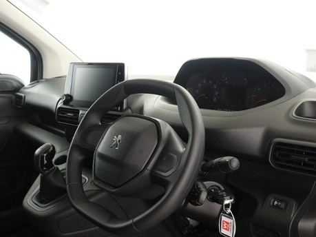 Peugeot Partner Standard 650 1.5 BlueHDi 75 Professional Van 12