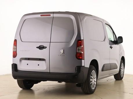 Peugeot Partner Standard 650 1.5 BlueHDi 75 Professional Van 3