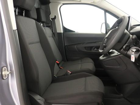 Peugeot Partner Standard 650 1.5 BlueHDi 75 Professional Van 11