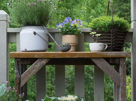 Look forward with a vintage garden