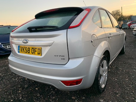 Ford Focus STYLE 6