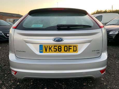 Ford Focus STYLE 7