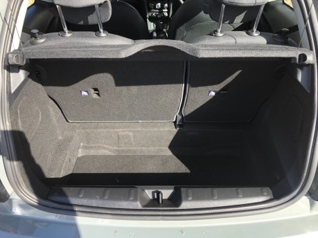 Mini Hatch COOPER 24