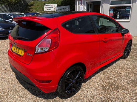 Ford Fiesta 1.0 EcoBoost Zetec S Red Edition (s/s) 3dr 6
