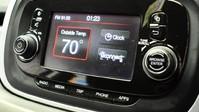 Fiat 500X 1.4 MULTIAIR CROSS 5d 140 BHP CRUISE CONTROL-DUAL CLIMATE AIR CON 3