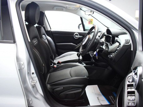 Fiat 500X 1.4 MULTIAIR CROSS 5d 140 BHP CRUISE CONTROL-DUAL CLIMATE AIR CON 7