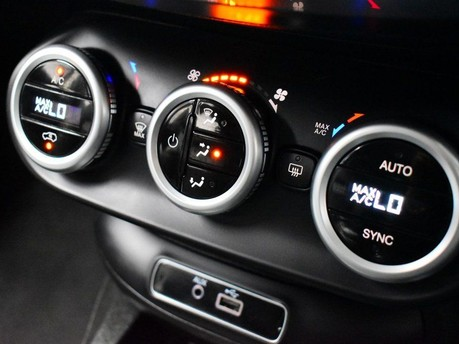 Fiat 500X 1.4 MULTIAIR CROSS 5d 140 BHP CRUISE CONTROL-DUAL CLIMATE AIR CON 14