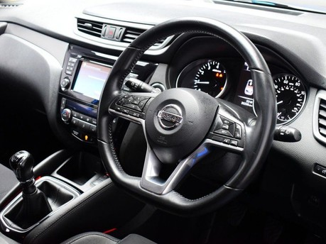 Nissan Qashqai 1.2 N-CONNECTA DIG-T 5d 113 BHP Satnav - DAB Radio - Bluetooth 2