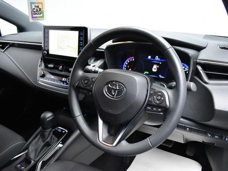 Toyota Corolla 2.0 VVT-I DESIGN 5d 177 BHP Driver Assist - Satnav - DAB Radio 2