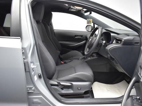 Toyota Corolla 2.0 VVT-I DESIGN 5d 177 BHP Driver Assist - Satnav - DAB Radio 8