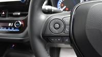 Toyota Corolla 2.0 VVT-I DESIGN 5d 177 BHP Driver Assist - Satnav - DAB Radio 17