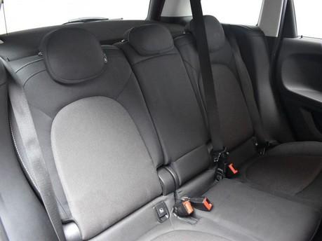 Mini Countryman 1.5 COOPER 5d 134 BHP Satnav - DAB Radio - Bluetooth 20