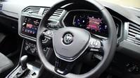 Volkswagen Tiguan *PANORAMIC ROOF*VIRTUAL COCKPIT* 2.0 SEL TDI 4MOTION DSG 5d 188 BHP *PANORA 2