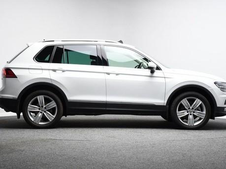 Volkswagen Tiguan *PANORAMIC ROOF*VIRTUAL COCKPIT* 2.0 SEL TDI 4MOTION DSG 5d 188 BHP *PANORA 6