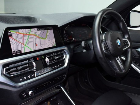 BMW 3 Series 2.0 320D M SPORT PLUS EDITION 5d 188 BHP LANE DEPART+ FRNT COLLISION WARNIN 12