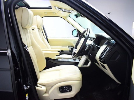 Land Rover Range Rover *PANORAMIC ROOF* 4.4 SDV8 AUTOBIOGRAPHY 5d 339 BHP ***PANORAMIC ROOF ***ARM 9
