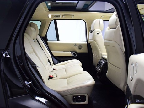 Land Rover Range Rover *PANORAMIC ROOF* 4.4 SDV8 AUTOBIOGRAPHY 5d 339 BHP ***PANORAMIC ROOF ***ARM 10