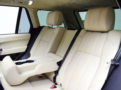 Land Rover Range Rover *PANORAMIC ROOF* 4.4 SDV8 AUTOBIOGRAPHY 5d 339 BHP ***PANORAMIC ROOF ***ARM 29