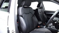 Audi Q5 2.0 TDI QUATTRO SPORT 5d 188 BHP Satnav - DAB Radio - Bluetooth 24