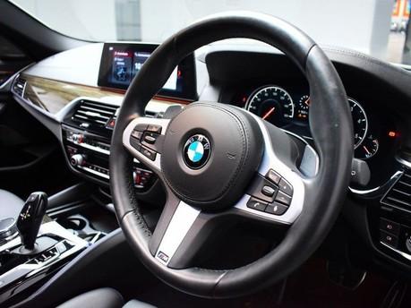 BMW 5 Series 2.0 520D M SPORT TOURING 5d 188 BHP ** PANORAMIC SUNROOF ** DIGI DASH - PAN 2
