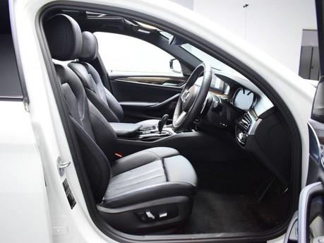 BMW 5 Series 2.0 520D M SPORT TOURING 5d 188 BHP ** PANORAMIC SUNROOF ** DIGI DASH - PAN 8
