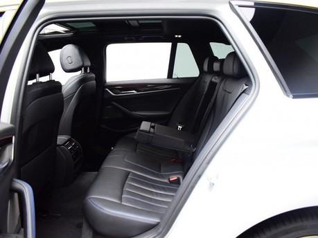 BMW 5 Series 2.0 520D M SPORT TOURING 5d 188 BHP ** PANORAMIC SUNROOF ** DIGI DASH - PAN 11