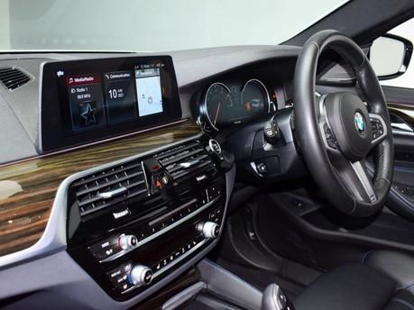 BMW 5 Series 2.0 520D M SPORT TOURING 5d 188 BHP ** PANORAMIC SUNROOF ** DIGI DASH - PAN 12