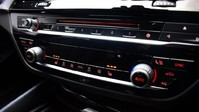 BMW 5 Series 2.0 520D M SPORT TOURING 5d 188 BHP ** PANORAMIC SUNROOF ** DIGI DASH - PAN 18