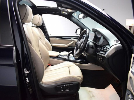 BMW X5 *PANORAMIC ROOF*3.0 XDRIVE40D M SPORT 5d 309 BHP Heads up Display - Privacy 8