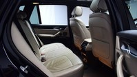 BMW X5 *PANORAMIC ROOF*3.0 XDRIVE40D M SPORT 5d 309 BHP Heads up Display - Privacy 9