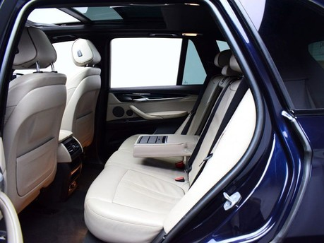 BMW X5 *PANORAMIC ROOF*3.0 XDRIVE40D M SPORT 5d 309 BHP Heads up Display - Privacy 11