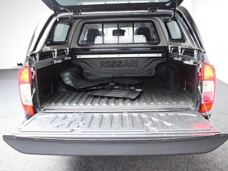 Nissan Navara 2.3 DCI TEKNA 4X4 SHR DCB 190 BHP Satnav - DAB Radio - Bluetooth 8