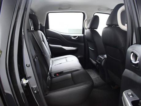 Nissan Navara 2.3 DCI TEKNA 4X4 SHR DCB 190 BHP Satnav - DAB Radio - Bluetooth 10