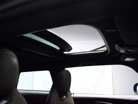 Mini Hatch 2.0 JOHN COOPER WORKS 3d 228 BHP ** PANORAMIC SUNROOF ** ****PANORAMIC SUNR 3